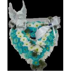 Coração azul medio em oasis com anjo marfinite